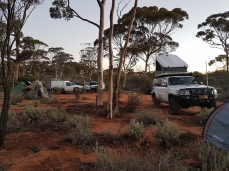 camp-on-the-nullarbor